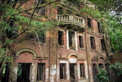 Minxiong ghost house 民雄鬼屋